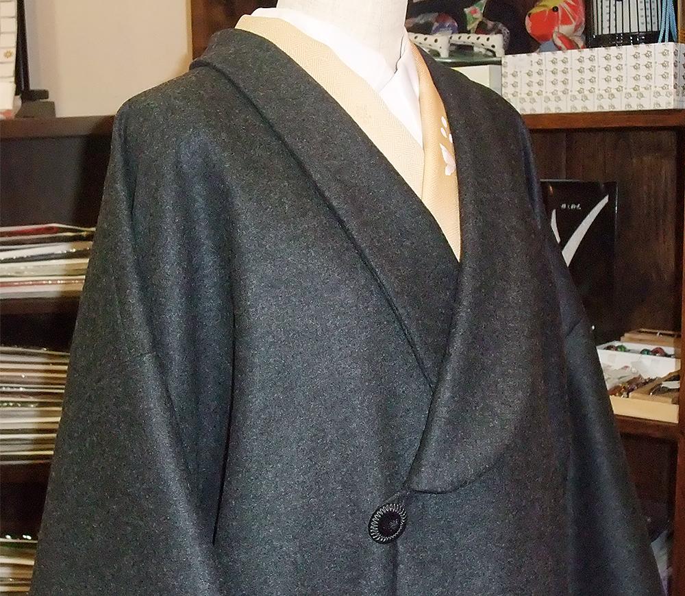 コート襟元