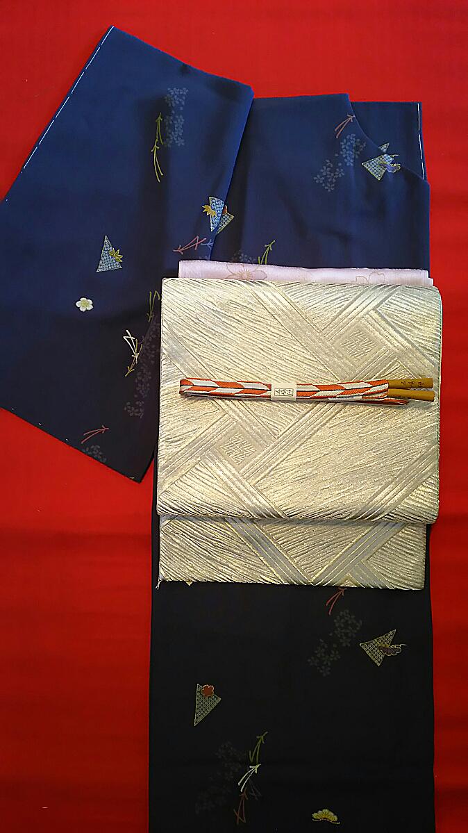 紺地小紋+銀地袋帯